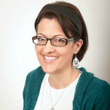 Liz Mays on TravelWriting2.com