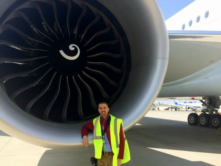 Matt Long traveling via Cathay Pacific - TravelWriting2.com