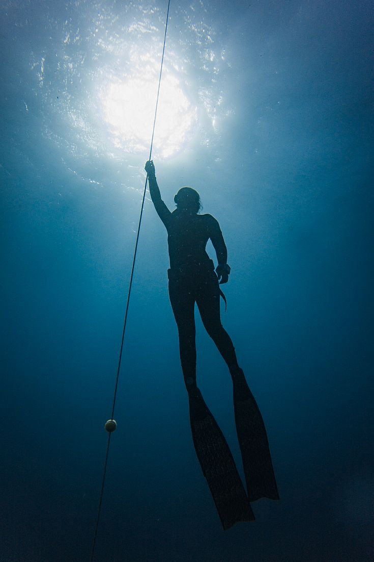 Chantae Reden of the Salt Sirens free diving in Fiji